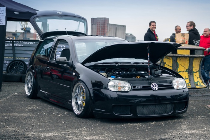 Paul Evans' Volkswagen Golf R32 with R36 Turbo Swap and Airlift Air Suspension