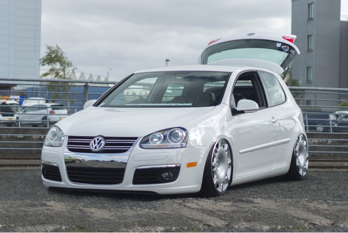 Mark Nelson's Volkswagen Golf on Airlift Air Suspension